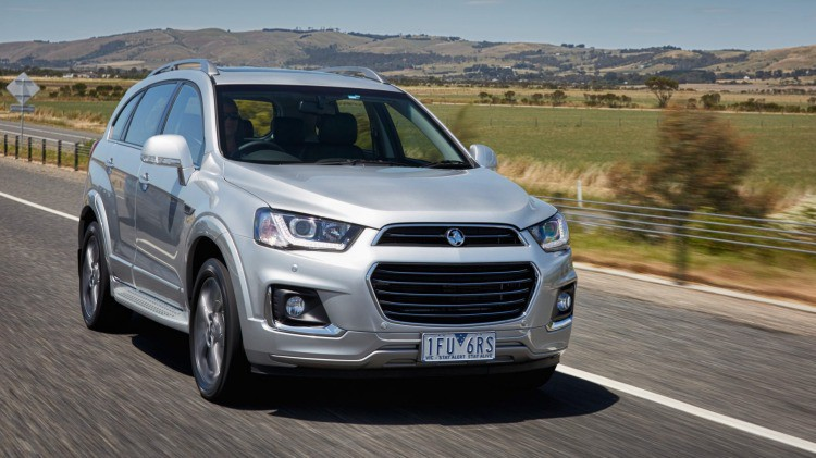 Holden Captiva on the road
