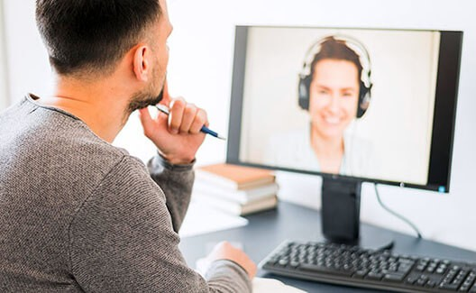 man having an online meeting