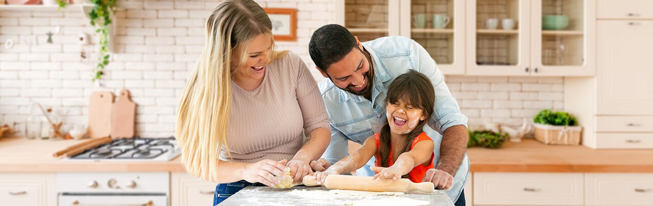 happy family baking